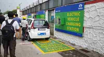 Subsidy of 1000 electric bus and 200 EV charging stations in Delhi: source centre