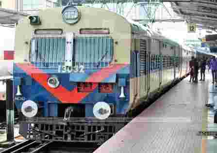 16 Trains resumes from saturday including Shatabdi, Humsafar and AC Superfast, Tatkal ticket booking has started