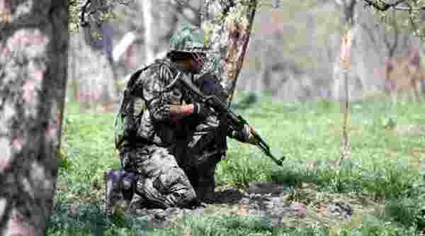 J&K: An Army officer injured in encounter with millitants in Baramulla