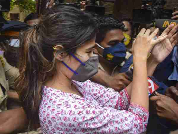 Sushant Case Live Update: The NCB arrests Rhea Chakraborty on charges of drug procurement and consumption.